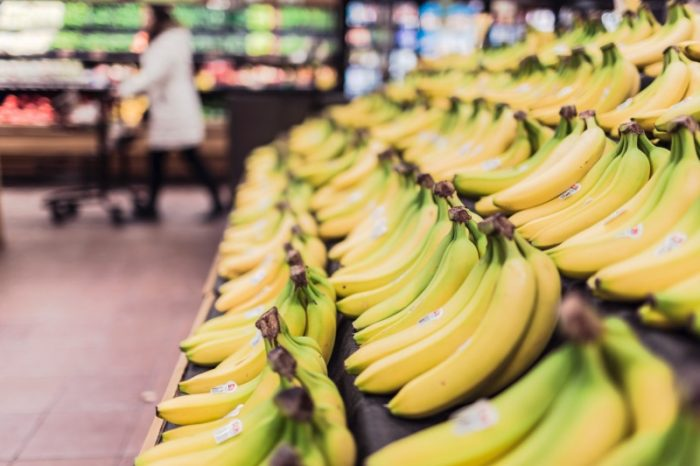 bananas at grocery store for dehydrating